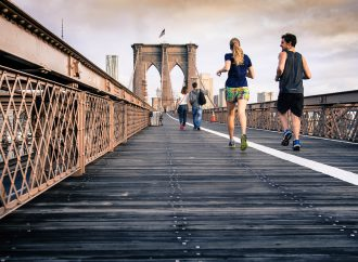 Adapting healthy lifestyle habits to carbon emission reductions